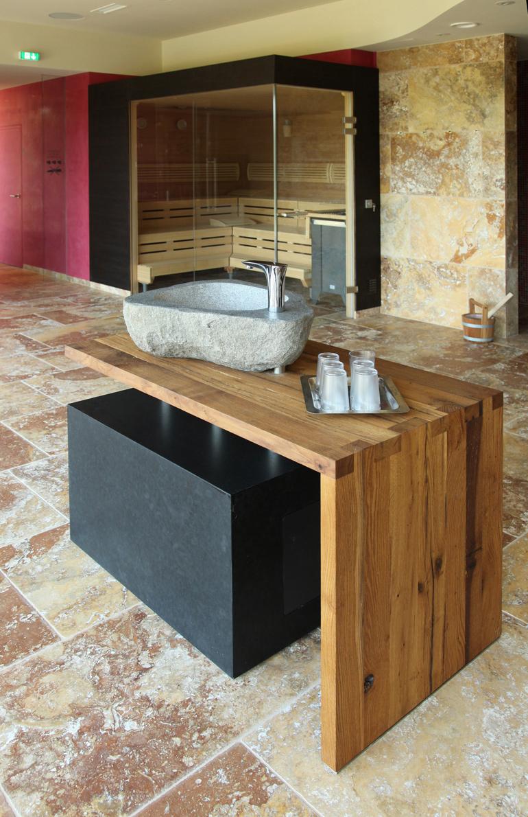Waschtisch aus Neuhauser Granit